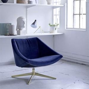 I-Grande-12749-fauteuil-velours-bleu-pied-pivotant-dore-sool.net