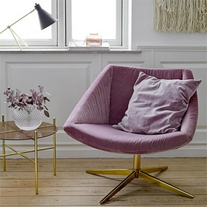 I-Grande-14084-fauteuil-rose-imitation-velours-pied-dore-pivotant-design-bloomingville-sool.net